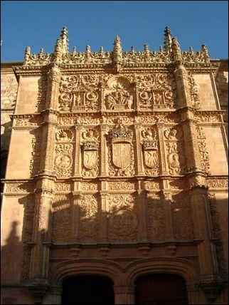 萨拉曼卡大学古老的校门