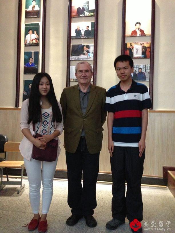 【更新照片】2013佛美教授马拉齐齐亲临青岛琴岛学院